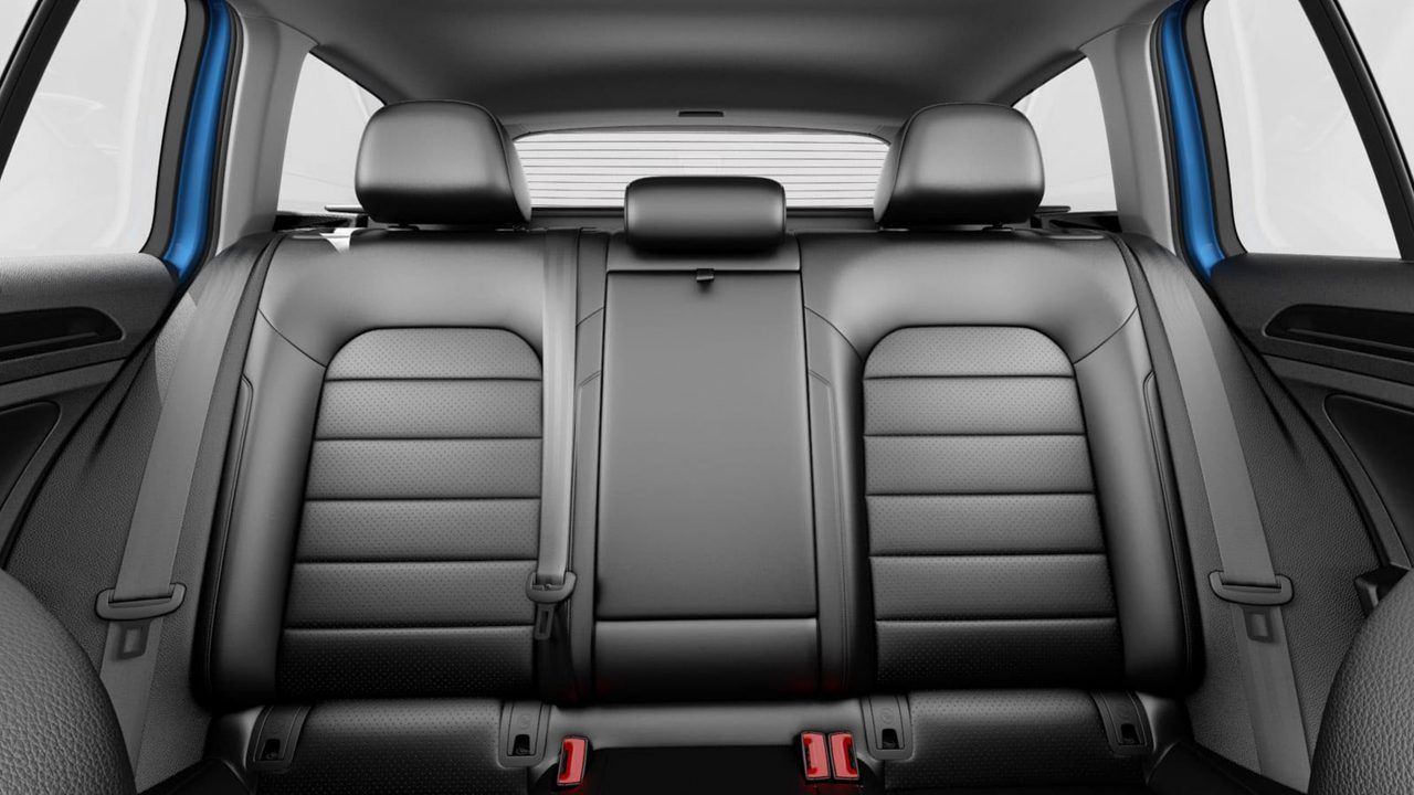 Golf Sportwagen folding rear seats